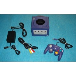 Nintendo Gamecube Purple - 4 Items Set