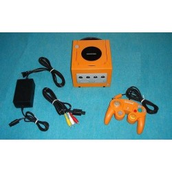 Nintendo Gamecube Orange - 4 Items Set