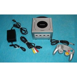 Nintendo Gamecube Silver - 4 Items Set