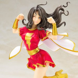 Figure Mary Marvel DC Comics